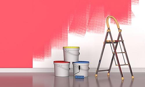 Malerarbeiten Leiter Kübel Halbfertige Wand