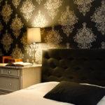Horizontale Ansicht eines modernen Retro-Schlafzimmers